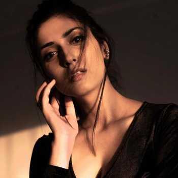 Celebrity Angel Goyal - Tring India