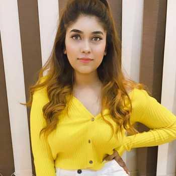 Celebrity Ritika Gupta - Tring India
