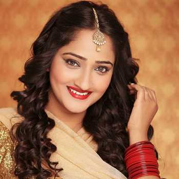 Celebrity Aditi Dravid - Tring India