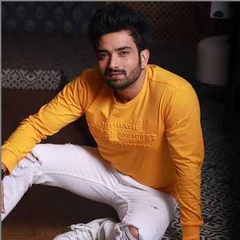 Celebrity Gaurav Mukesh - Tring India