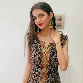 Celebrity Deval Pandya - Tring India