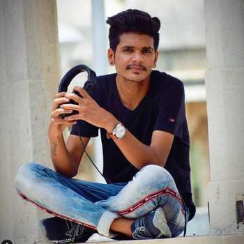 Celebrity DJ Pravil - Tring India