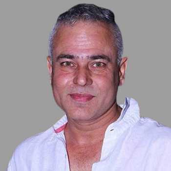 Celebrity Manish Khanna - Tring India