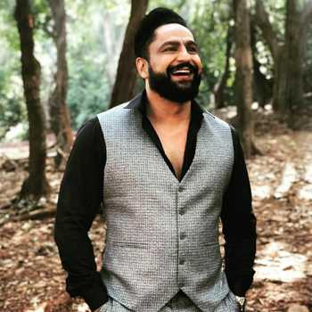 Celebrity Parag Tyagi - Tring India