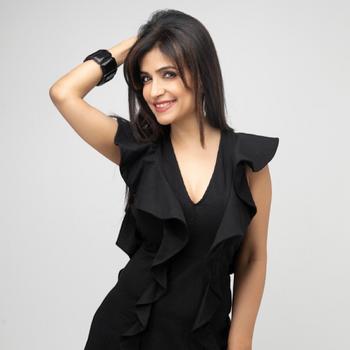 Celebrity Shibani Kashyap - Tring India