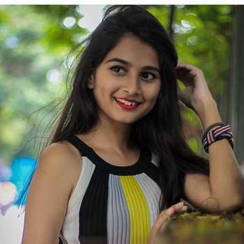 Celebrity Srushti Ambavale - Tring India