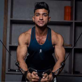Celebrity Farhan Shaikh - Tring India