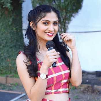 Celebrity Aditi Joshi - Tring India