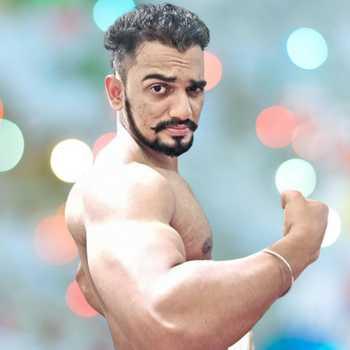 Celebrity Nikhil Mhatre - Tring India