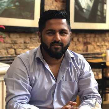 Celebrity Rohan Naik - Tring India