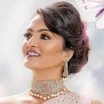 Celebrity Pooja Vyaas - Tring India