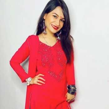 Celebrity Meenakshi - Tring India