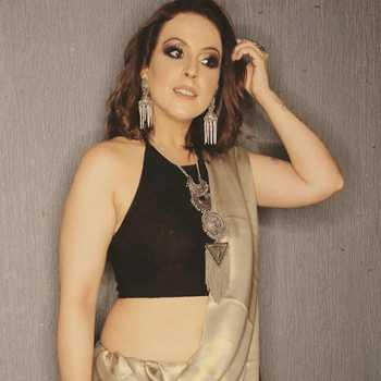 Celebrity Vibha Bhagat - Tring India