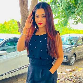 Celebrity Prajakta Dhere - Tring India