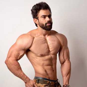Celebrity Arun Amrit - Tring India