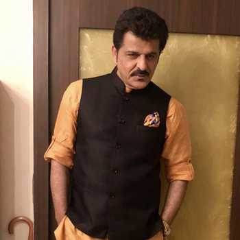 Celebrity Rajesh Khattar - Tring India