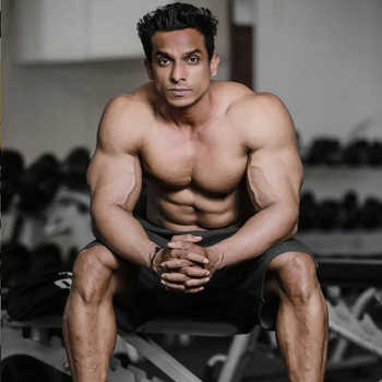 Celebrity Vijay Bhoyar - Tring India