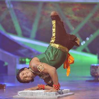 Celebrity Vinod Thakur - Tring India