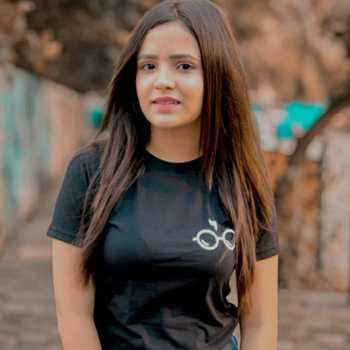 Celebrity Pooja RWT - Tring India