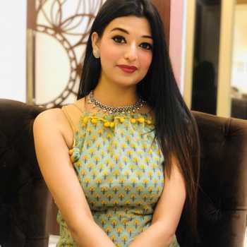 Celebrity Prachi Sharma - Tring India