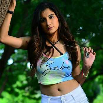 Celebrity Muskaan Lalwani - Tring India