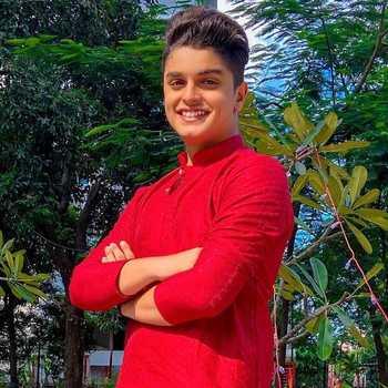 Celebrity Het Thakkar - Tring India