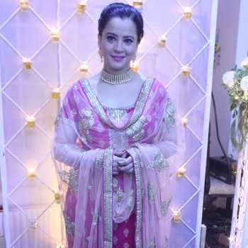 Celebrity Ekta Sharma - Tring India