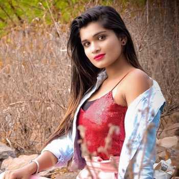 Celebrity Mansi Suravase - Tring India