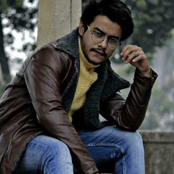 Celebrity Rakshak Pandey - Tring India