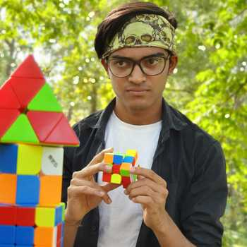 Celebrity King of Cubes - Tring India