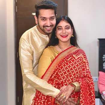 Celebrity Piyush & Yamini - Tring India