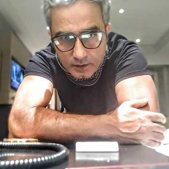 Celebrity Saad Baba - Tring India