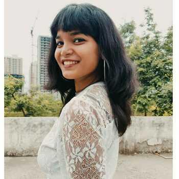 Celebrity Himani Guher - Tring India
