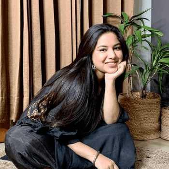 Celebrity Palak Goel - Tring India