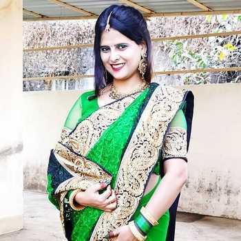 Celebrity Nidhi Singh - Tring India