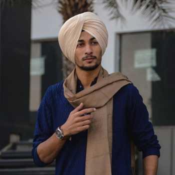 Celebrity Karan Singh Jolly - Tring India