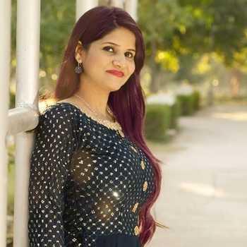 Celebrity Anshita Sardana - Tring India