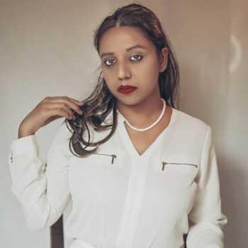 Celebrity Ananya Debnath - Tring India
