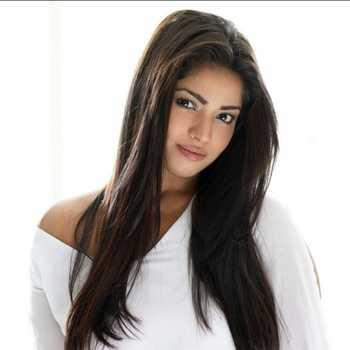 Celebrity Lokesh Kumari Sharma - Tring India