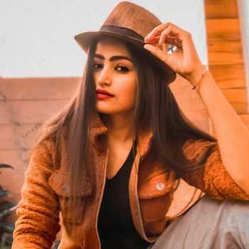 Celebrity Shweta Pal - Tring India