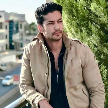 Celebrity Muzamil Ibrahim - Tring India