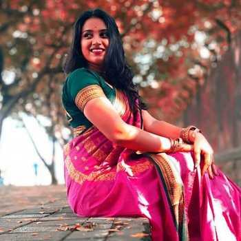 Celebrity Anushka Borhade - Tring India