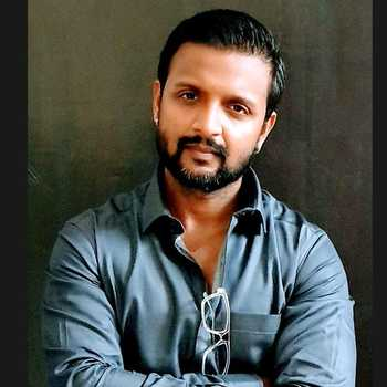 Celebrity Rohan Roy - Tring India