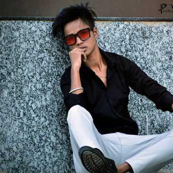 Celebrity Rishab Khan - Tring India