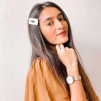 Celebrity Riya Turakhia - Tring India