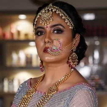 Celebrity Richa Sony - Tring India