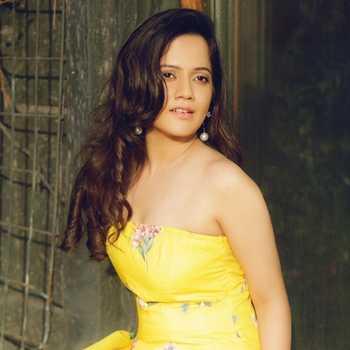 Celebrity Ashwini Shukla - Tring India