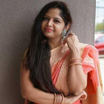 Celebrity Punam Patil - Tring India