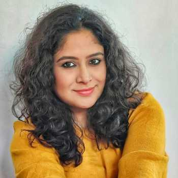 Celebrity Barsha Chatterjee - Tring India
