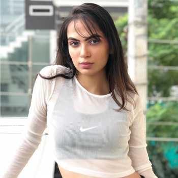 Celebrity Yukti Arora - Tring India